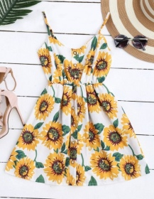 https://www.zaful.com/s/floral-dresses/